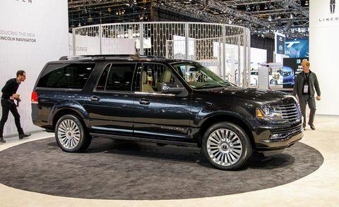 Tire, Wheel, Automotive design, Automotive tire, Vehicle, Land vehicle, Car, Rim, Spoke, Grille,