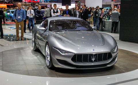 Mode of transport, Automotive design, Vehicle, Event, Land vehicle, Car, Personal luxury car, Performance car, Grille, Sports car,