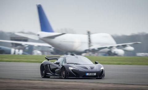Airplane, Mode of transport, Automotive design, Headlamp, Transport, Aircraft, Rim, Hood, Automotive lighting, Performance car,