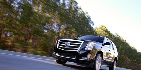 Motor vehicle, Automotive design, Road, Vehicle, Transport, Land vehicle, Automotive lighting, Infrastructure, Grille, Headlamp,