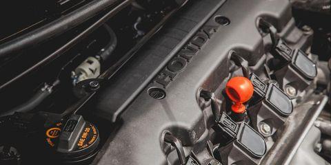 Automotive design, Engine, Automotive engine part, Personal luxury car, Machine, Kit car, Automotive air manifold, Screw, Automotive super charger part,