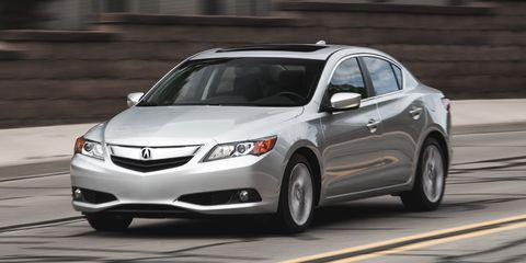 Tire, Wheel, Vehicle, Road, Land vehicle, Infrastructure, Automotive mirror, Car, Road surface, Automotive lighting,