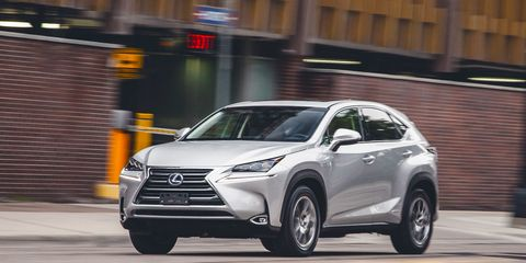 Tire, Wheel, Automotive design, Vehicle, Land vehicle, Automotive mirror, Headlamp, Car, Automotive lighting, Technology,