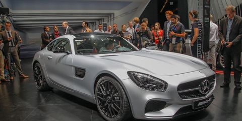 2016 Mercedes Amg Gt S Revealed The New Porsche 911 Compeor Breaks Cover