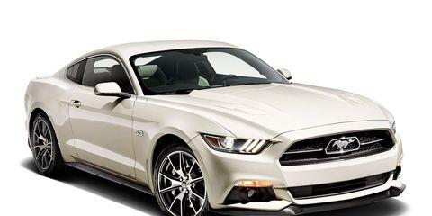 Tire, Automotive design, Automotive tire, Vehicle, Automotive lighting, Hood, Headlamp, Grille, Automotive exterior, Rim,