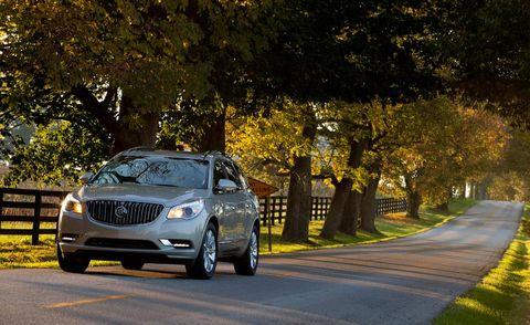 Tire, Vehicle, Automotive exterior, Road, Automotive lighting, Land vehicle, Infrastructure, Headlamp, Grille, Car,