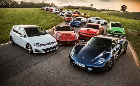 Automotive design, Vehicle, Land vehicle, Car, Automotive parking light, Performance car, Hood, Headlamp, Supercar, Rim,