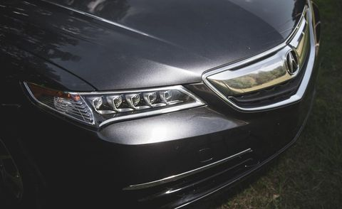 Automotive design, Daytime, Headlamp, Automotive lighting, Car, Grille, Automotive exterior, Bumper, Light, Hood,