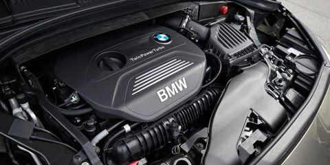 Automotive design, Engine, Personal luxury car, Luxury vehicle, Carbon, Motorcycle accessories, Automotive engine part, Automotive fuel system, Motorcycle, Automotive air manifold,