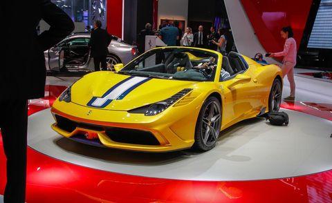 Tire, Automotive design, Vehicle, Yellow, Event, Performance car, Supercar, Car, Auto show, Exhibition,