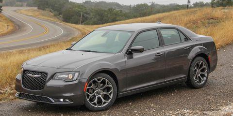 Chrysler 300 S >> 2015 Chrysler 300 V 6 Rwd Awd First Drive 194 172 8211