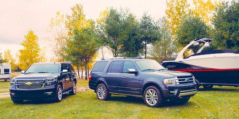 Tire, Wheel, Automotive tire, Vehicle, Land vehicle, Rim, Automotive parking light, Car, Alloy wheel, Automotive mirror,