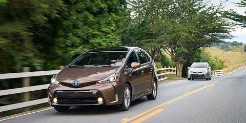 2017 Toyota Prius V Hybrid The Gets A Nip Tuck