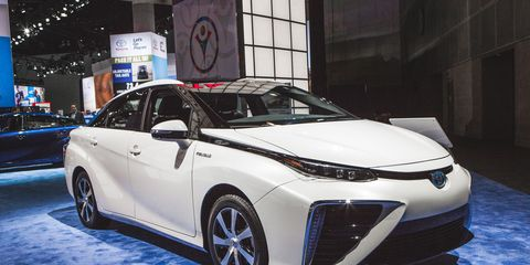 2016 Toyota Mirai Fuel Cell Sedan Debuts With Fancy Tech Tire Fire Styling