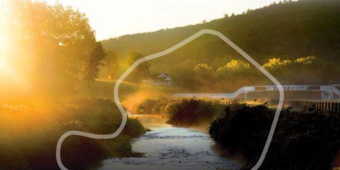 Nature, Natural landscape, Water resources, Landscape, Sunlight, Atmospheric phenomenon, Hill, Morning, Sun, Wetland,