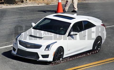 Tire, Wheel, Vehicle, Automotive design, Hood, Car, Rim, Grille, Fender, Road surface,