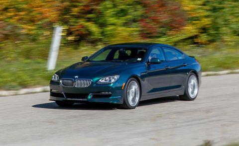 Tire, Automotive design, Mode of transport, Vehicle, Transport, Car, Rim, Grille, Personal luxury car, Alloy wheel,