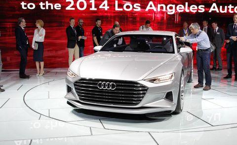 Automotive design, Product, Vehicle, Event, Land vehicle, Grille, Car, Personal luxury car, Automotive lighting, Headlamp,