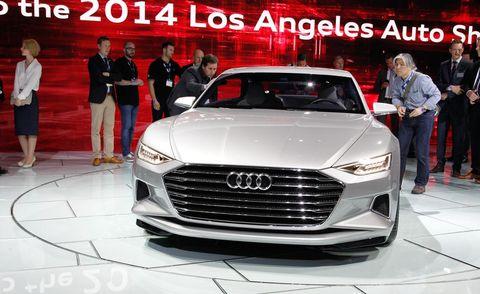 Automotive design, Product, Event, Vehicle, Land vehicle, Grille, Car, Personal luxury car, Luxury vehicle, Logo,