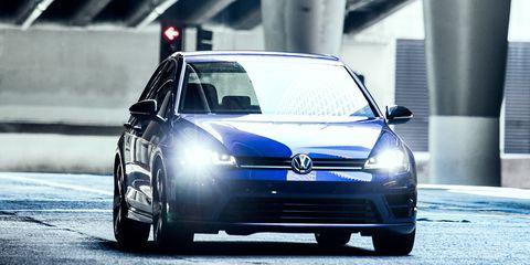 2015 Volkswagen Golf R Test –
