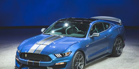 2016 Ford Mustang Shelby Gt350r Ready To Slaughter Racetracks Near You