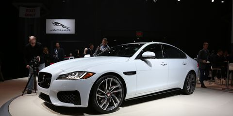 Tire, Wheel, Automotive design, Vehicle, Event, Land vehicle, Car, Automotive lighting, Headlamp, Automotive tire,