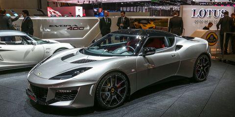 Tire, Wheel, Mode of transport, Automotive design, Vehicle, Land vehicle, Car, Rim, Performance car, Personal luxury car,