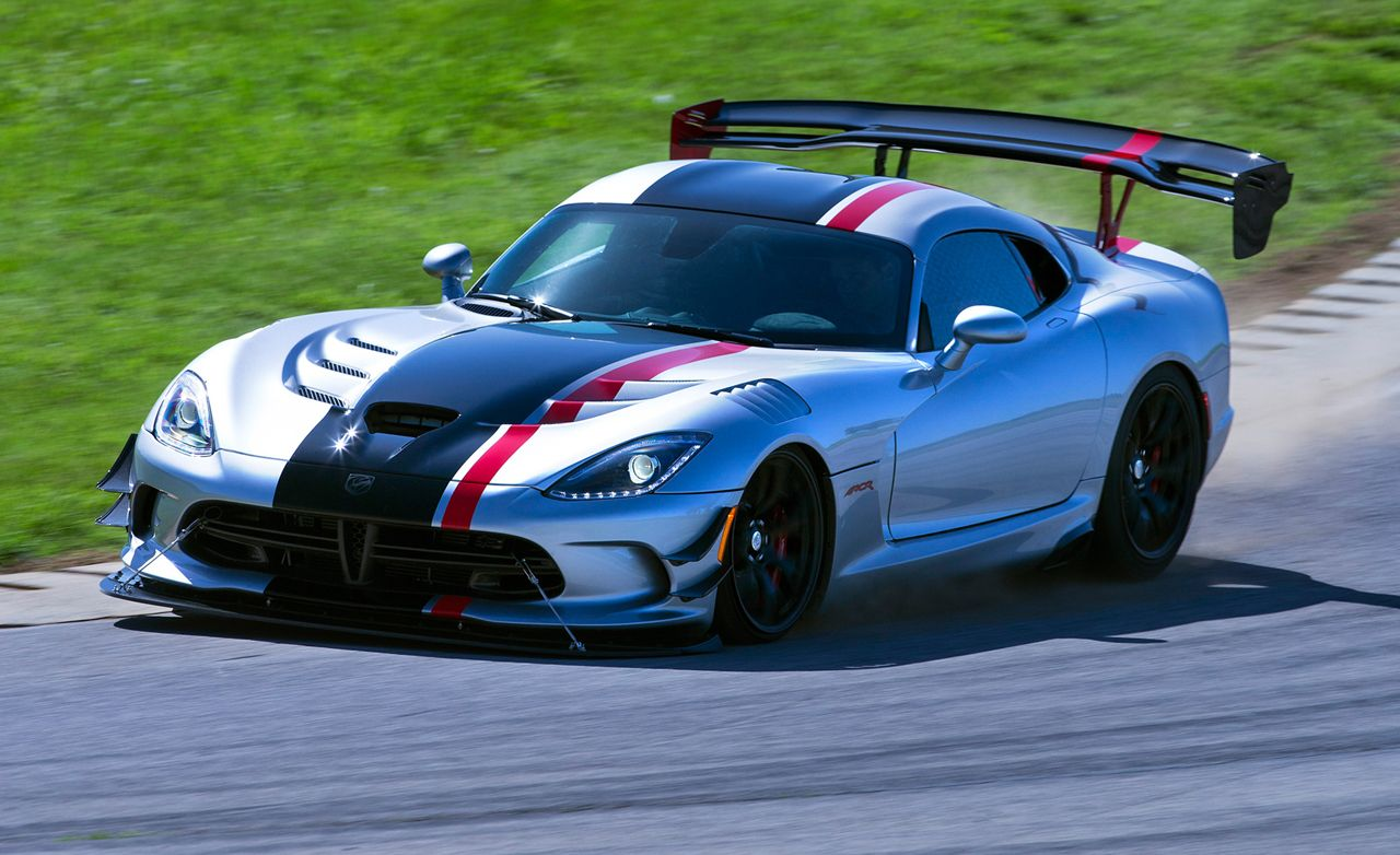 2016 Dodge Viper Acr Has More Wing More Adjustability Than You Can Rattle A Snake At