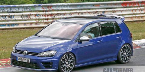 Golf R 400 >> 2018 Golf R400 Spy Photos 8211 News 8211 Car And Driver