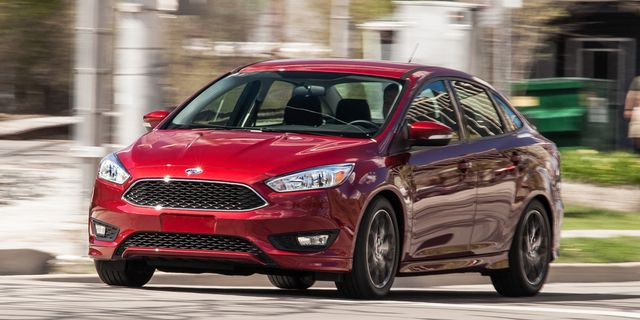 2017 Ford Focus Se 1 0l Ecoboost Sedan Test 8211 Review Car And Driver