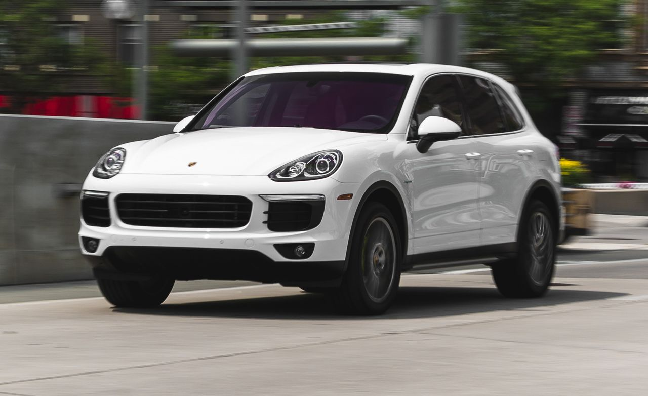 2017 Porsche Cayenne S E Hybrid Test 8211 Review Car And Driver