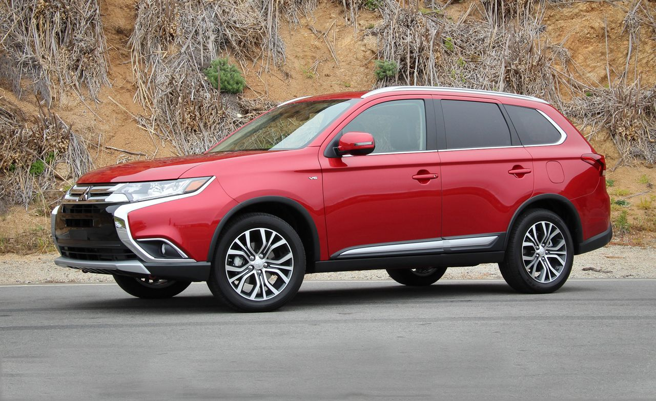 2016 Mitsubishi Outlander First Drive 8211 Review Car And Driver
