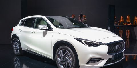 2017 Infiniti Q30 Debuts Brings Several Brand Firsts