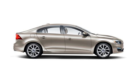 Tire, Wheel, Automotive design, Mode of transport, Alloy wheel, Product, Vehicle, Rim, Full-size car, Spoke,