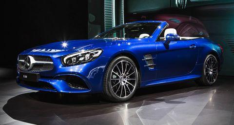 Tire, Wheel, Automotive design, Blue, Performance car, Car, Rim, Alloy wheel, Fender, Automotive lighting,