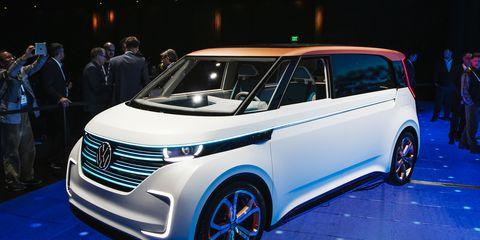 Motor vehicle, Automotive design, Vehicle, Land vehicle, Car, Vehicle door, Auto show, Automotive mirror, Alloy wheel, Hatchback,