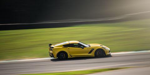 Tire, Wheel, Automotive design, Vehicle, Land vehicle, Motorsport, Road, Car, Performance car, Race track,