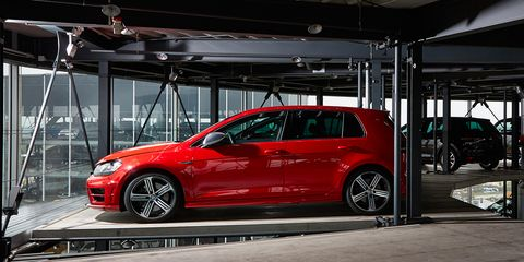 2016 10best Cars Volkswagen Golf Gti R