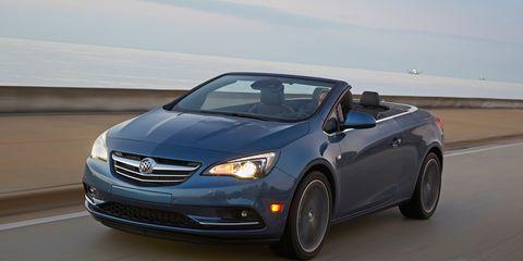 Tire, Wheel, Automotive design, Mode of transport, Vehicle, Automotive mirror, Car, Hood, Glass, Rim,
