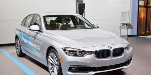 2017 Bmw 330e Iperformance The 3 Series Plug In Hybrid Is Here
