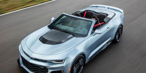 Tire, Wheel, Automotive design, Mode of transport, Vehicle, Land vehicle, Automotive mirror, Hood, Rim, Car,