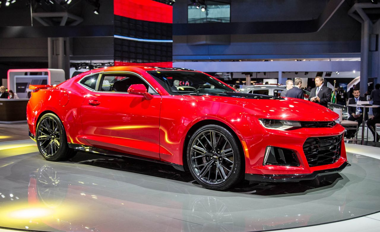 2017 Chevrolet Camaro Zl1 Revealed Packs 640 Supercharged Horse