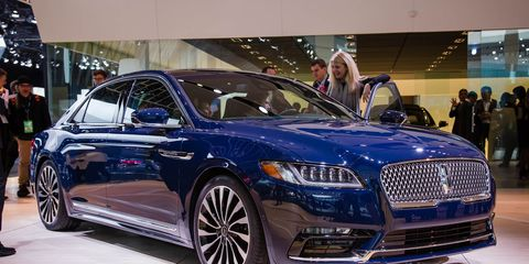2017 Lincoln Continental Photos And Info 8211 News 8211 Car And Driver