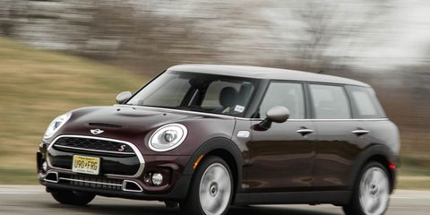 Automotive design, Vehicle, Vehicle door, Car, Mini cooper, Automotive mirror, Hatchback, Mini, Alloy wheel, Rim,
