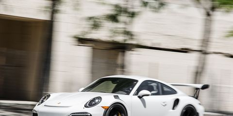 Tire, Wheel, Automotive design, Vehicle, Rim, Alloy wheel, Car, Automotive lighting, Fender, Performance car,