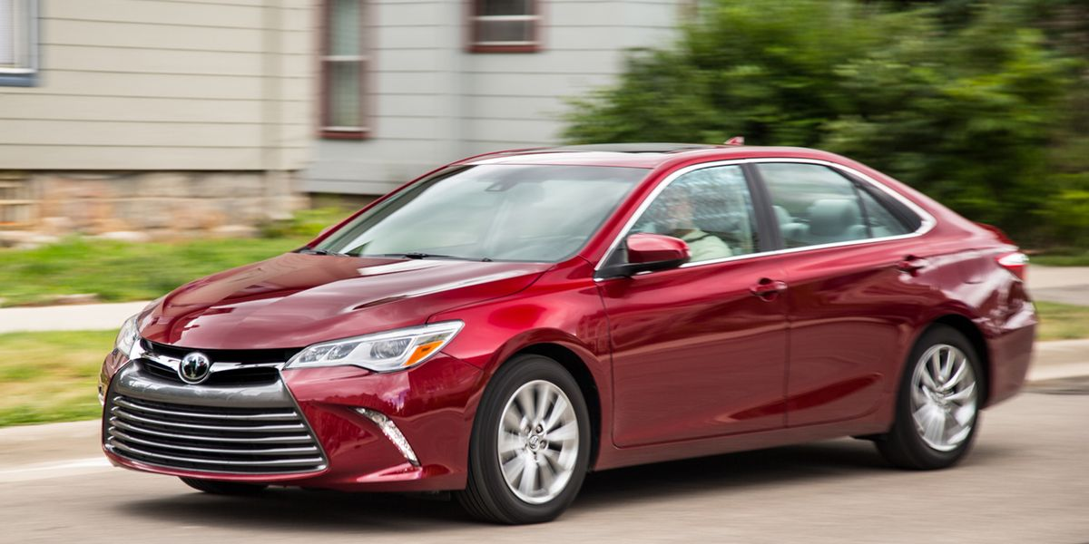 2016 Toyota Camry – Review – Car and Driver