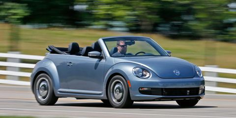 Volkswagen Beetle Convertible >> 2016 Volkswagen Beetle Convertible 1 8t Denim Edition Test 8211