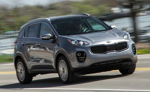 Tire, Motor vehicle, Wheel, Automotive design, Automotive mirror, Automotive tire, Vehicle, Road, Land vehicle, Infrastructure,