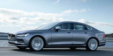 Tire, Wheel, Automotive design, Mode of transport, Automotive tire, Vehicle, Alloy wheel, Rim, Car, Spoke,