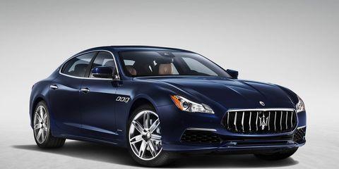 Motor vehicle, Tire, Automotive design, Mode of transport, Product, Vehicle, Automotive lighting, Transport, Headlamp, Grille,